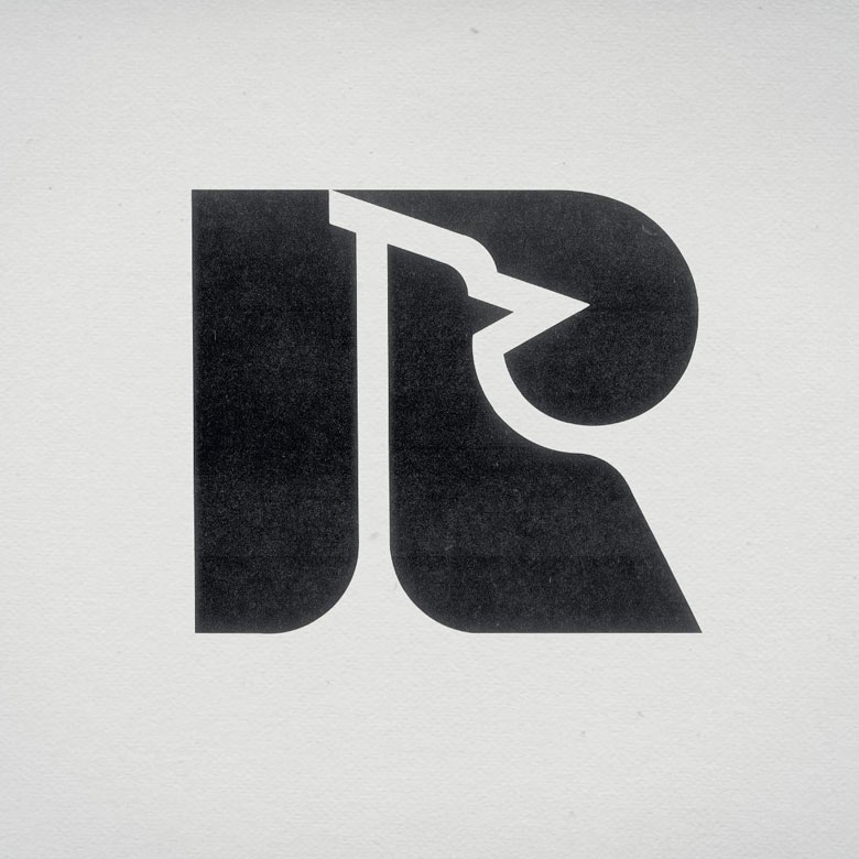 portfolio-logo-04